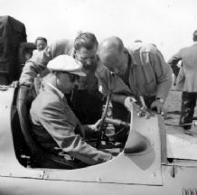 George Abecassis, John Heath, Geoffrey Taylor  . Alta - 1949 Goodwood 18.4.49